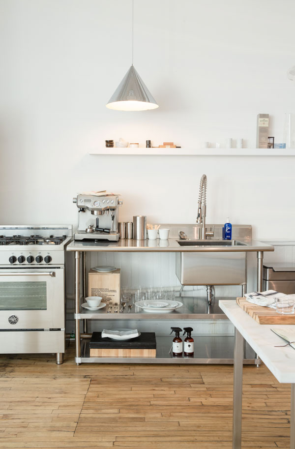 the-line-kitchen-apartment-34