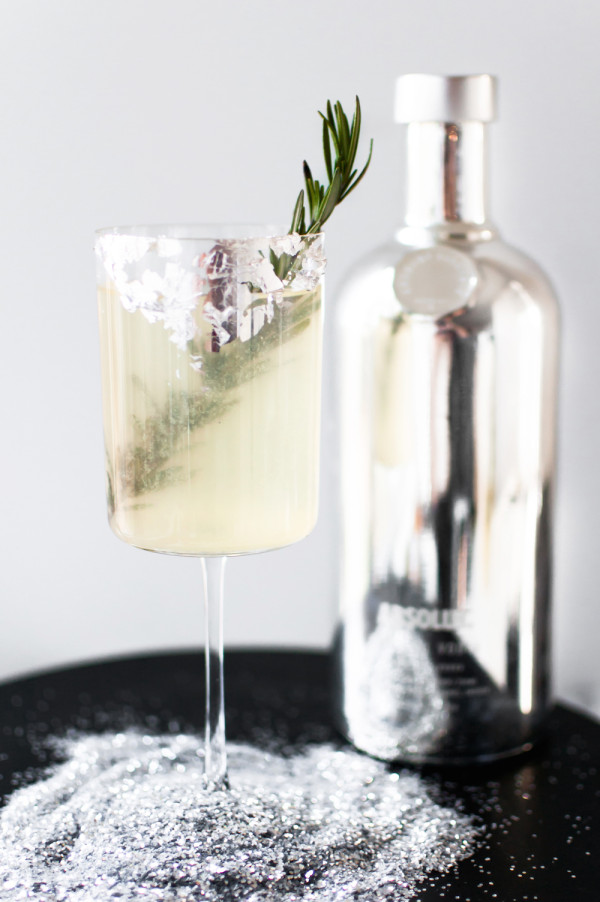 10 Lovely Holiday Cocktails on apartment 34