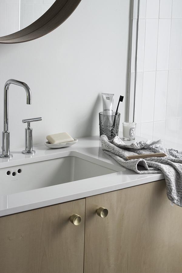 apt34bathroom-style-3