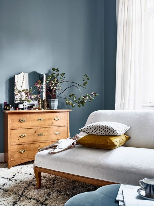 Lifestyle blogger Erin Hiemstra of Apartment 34 shares new color trend - moody blues