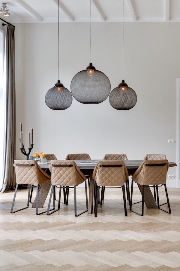 dramatic light fixtures on apartment 34