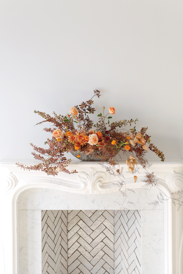 How to Dress Up Your Mantel with Flowers for Thanksgiving on apartment34